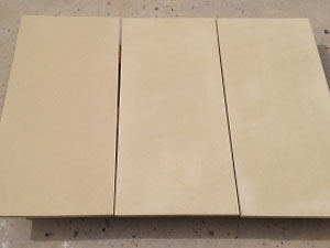 Yellow beige sandstone medium